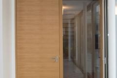 Projekt-Nilkheim_340_Eiche_geoelt_Bibliothek_Wellnessbereich_Umkleide_Bad_Wendeltreppe_Kueche_Orangerie
