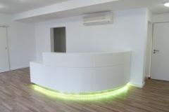 Empfangstheke_300_LED_Lichtsteuerung_weiss_lackiert