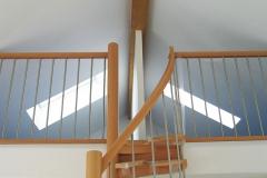 Treppentraum_420_Raumspartreppe_Buche_massiv_geoelt_S-Form_Galeriezugang
