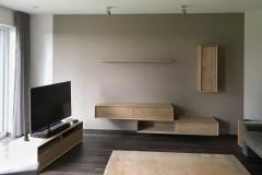 Wohnzimmer_Eiche_massiv_individuell_kubisch_design_außergewöhnlich_schlicht_Schreiner_Aschaffenburg (2)